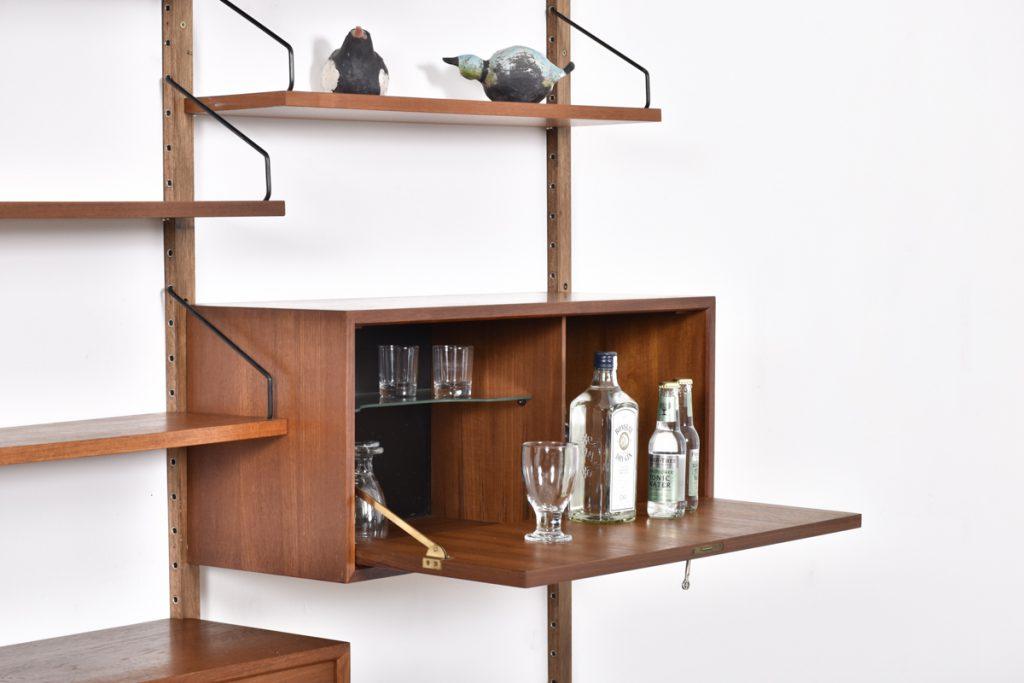Small bar cabinet - 33h x 30d x 80l
