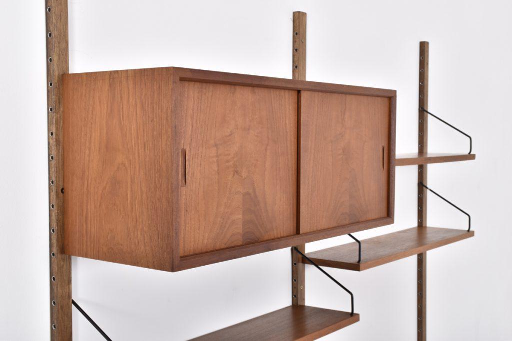 Small sliding doors cabinet - 33h x 30d x 80l