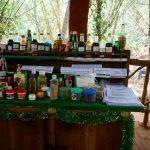 Besøk på en krydderhage hvor de selger helsesfremmende ayurvdisk medisin