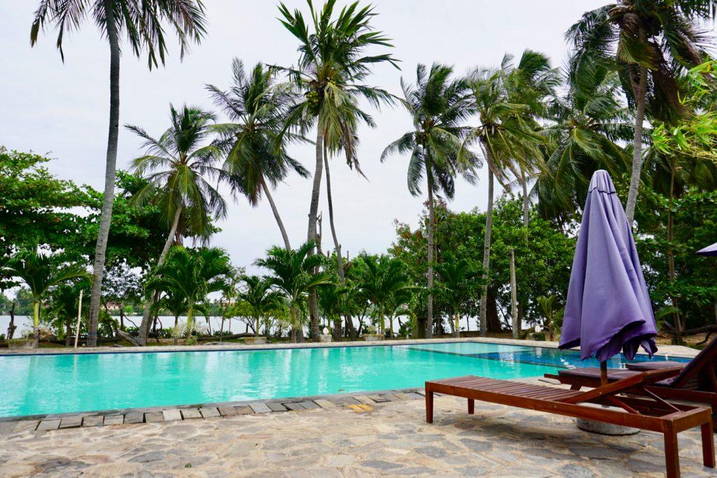 Batticaloa Riviera Resort swimming pool