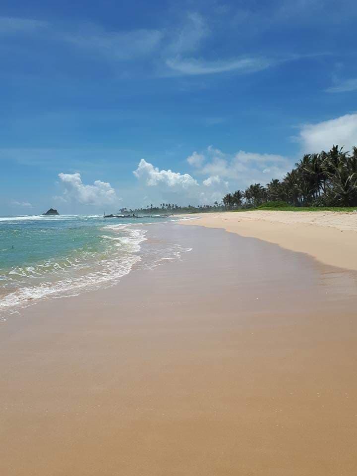 Midigama strand