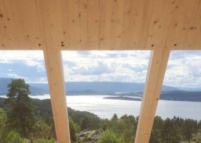Norsk_massivtre_balkong_svalgang