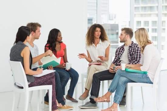 7 Ways to Sound Smarter When Talking to People