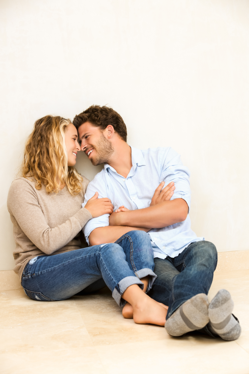 14 Cute Signs You Are Dating A Mature Man
