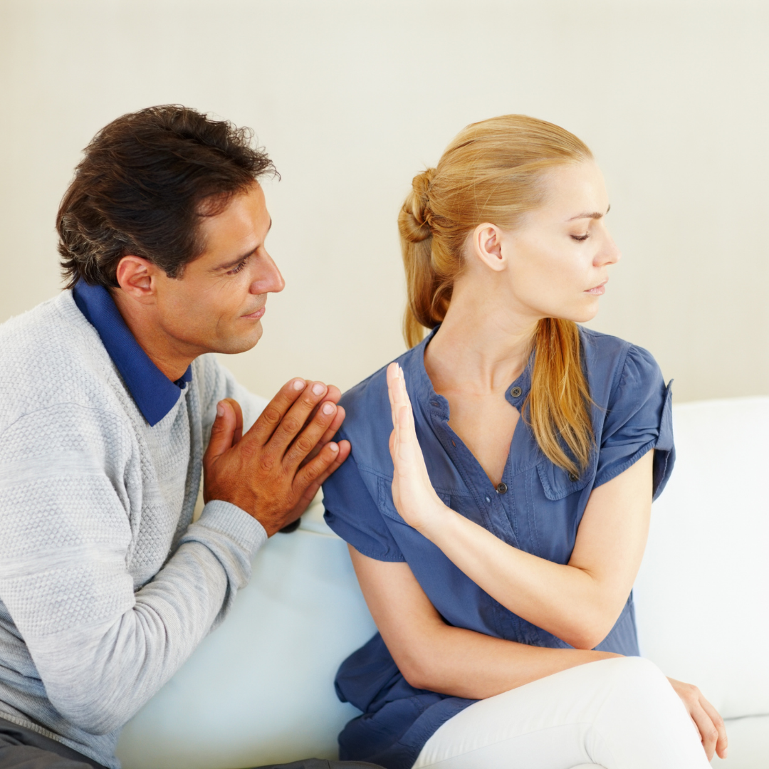 7 Signs He Is Sorry For Hurting You