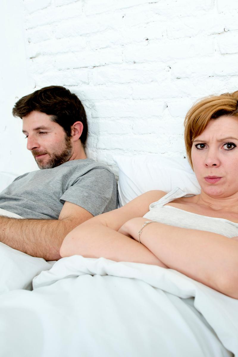 8 Sex Mistakes Couples Make: Sexless Marriage Alert!