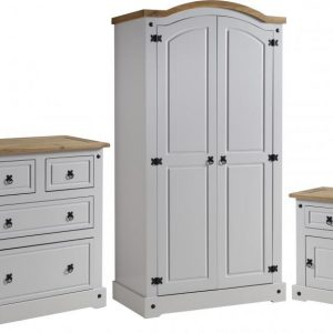 Corona Grey / Distressed Pine Bedroom Set