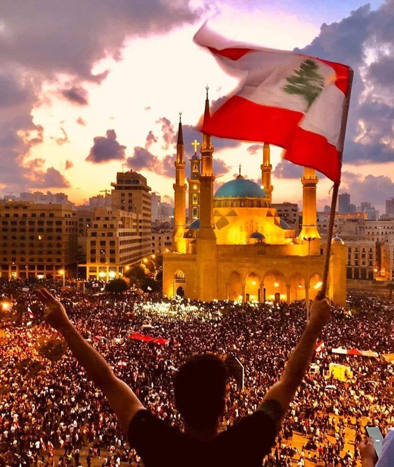 Photo of محمد أبي سمرا : لبنان في مخاض الخروج على أمير الحرب؟