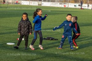 Corona Lock down Sinterklaas feest met voetbal spelletjes van 2 tot 3 uur