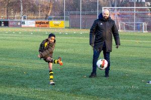 Corona Lock down Sinterklaas feest met voetbal spelletjes van 3 tot 4 uur