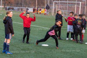 Corona Lock down Sinterklaas feest met voetbal spelletjes van 4 tot 5 uur