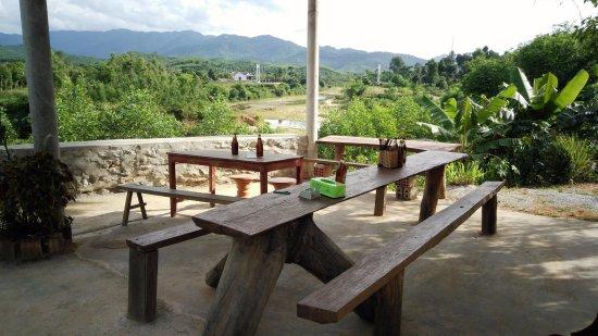 Bong Lai Valley: Pub with cold beer, Phong Nha Ke Bang, phong nha farmstay