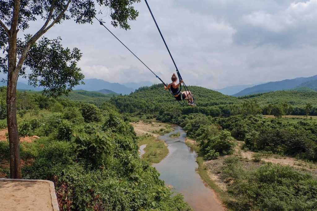 Bong Lai Swing valley, Phong Nha, Vietnam
