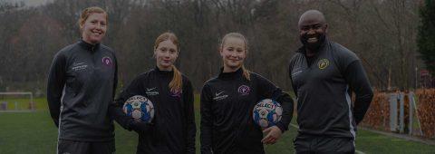 NYT: Pigefodboldskole i uge 7