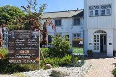Vorderseite der Ladestation Restaurant Ginger in Ahrenshoop