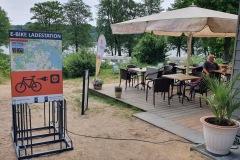 """Rückseite der Ladestation """"Natur-und-Strandcamping-Jabel"""""""