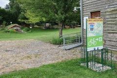 Rückseite der Ladestation Wolhynier Umsiedlermuseum