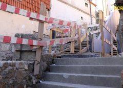 A obra nas escadas Monte dos Judeus