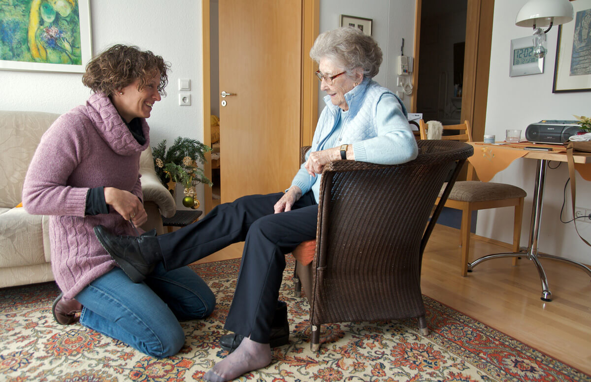 Late-Life-Surprise-Taking-Care-of-Aging-Parents_28524133