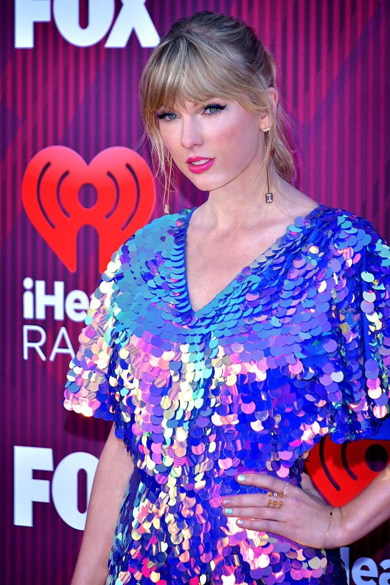 Taylor Swift überrascht mit Evermore