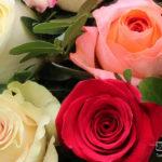 rouwstuk-Nr10-biedermeijer-gemengde-rozen1