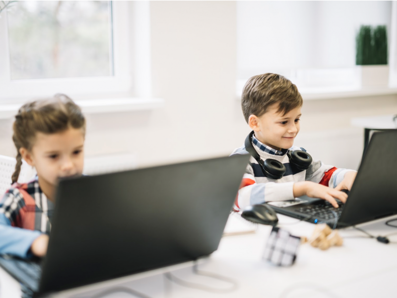 How to Encourage STEM in Early Education