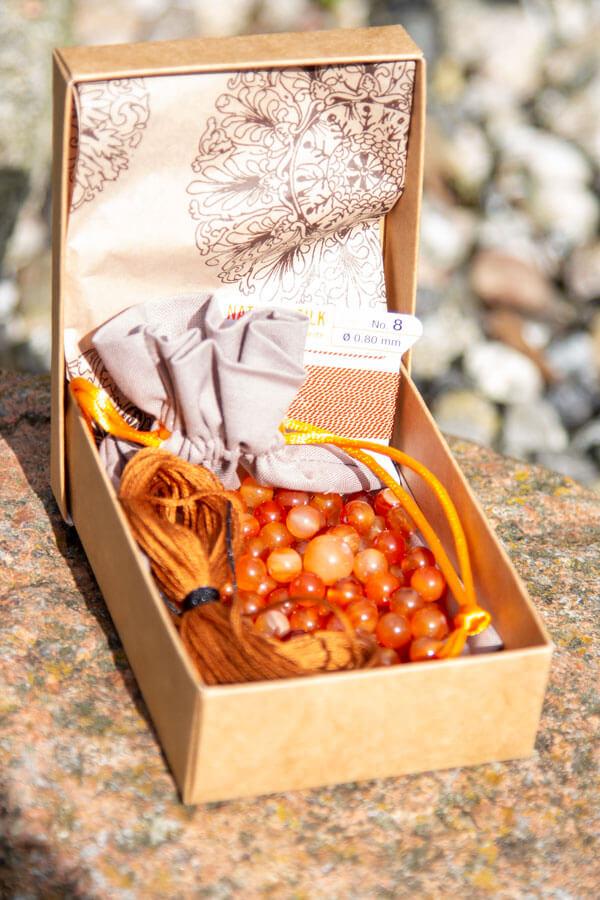 Karneol mala kit i æske med pose til din malakæde