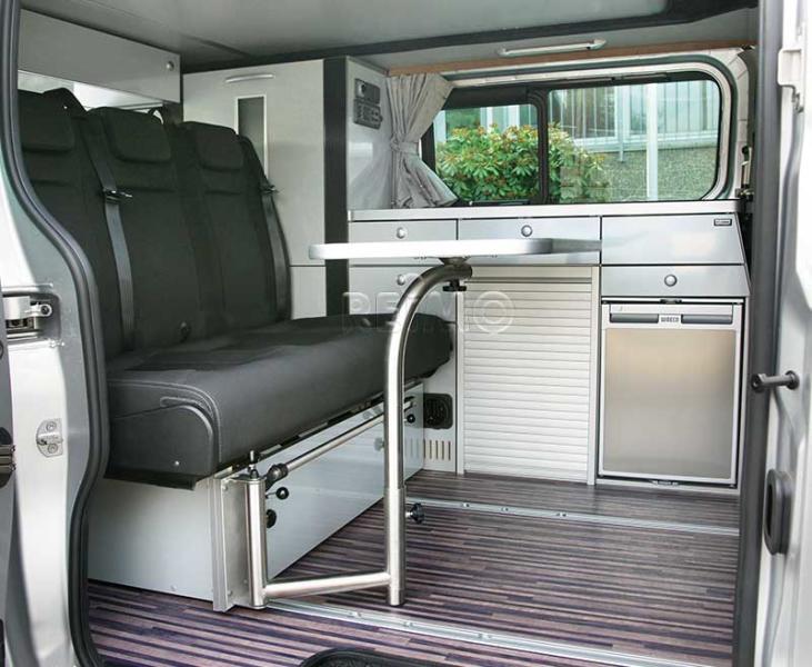 Tischanlage mit Schwenktischgestell 85 x 47 cm Tischkante Silber