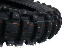 Dubbat bakdäck till Zero FX - Dunlop Sports D952 120/90-18 Begagnat men knappt inkört dubbat vinterdäck som passar till Zero FX bak.