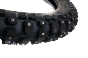 Dubbat framdäck till Zero FX - Pirelli MT 21 Rallycross 90/90-21 Begagnat men knappt inkört dubbat vinterdäck som passar till Zero FX fram