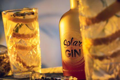 Solar Gin met gin tonic