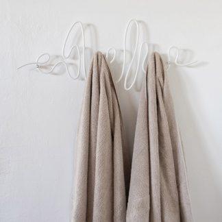 HANG 360 White coatrack witte kapstok minimalist design Studio TOIMII