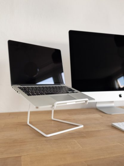 STAND laptop tablet stand minimalist design white wit desk Studio TOIMII