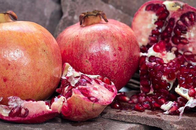 granaatappel ontpitten
