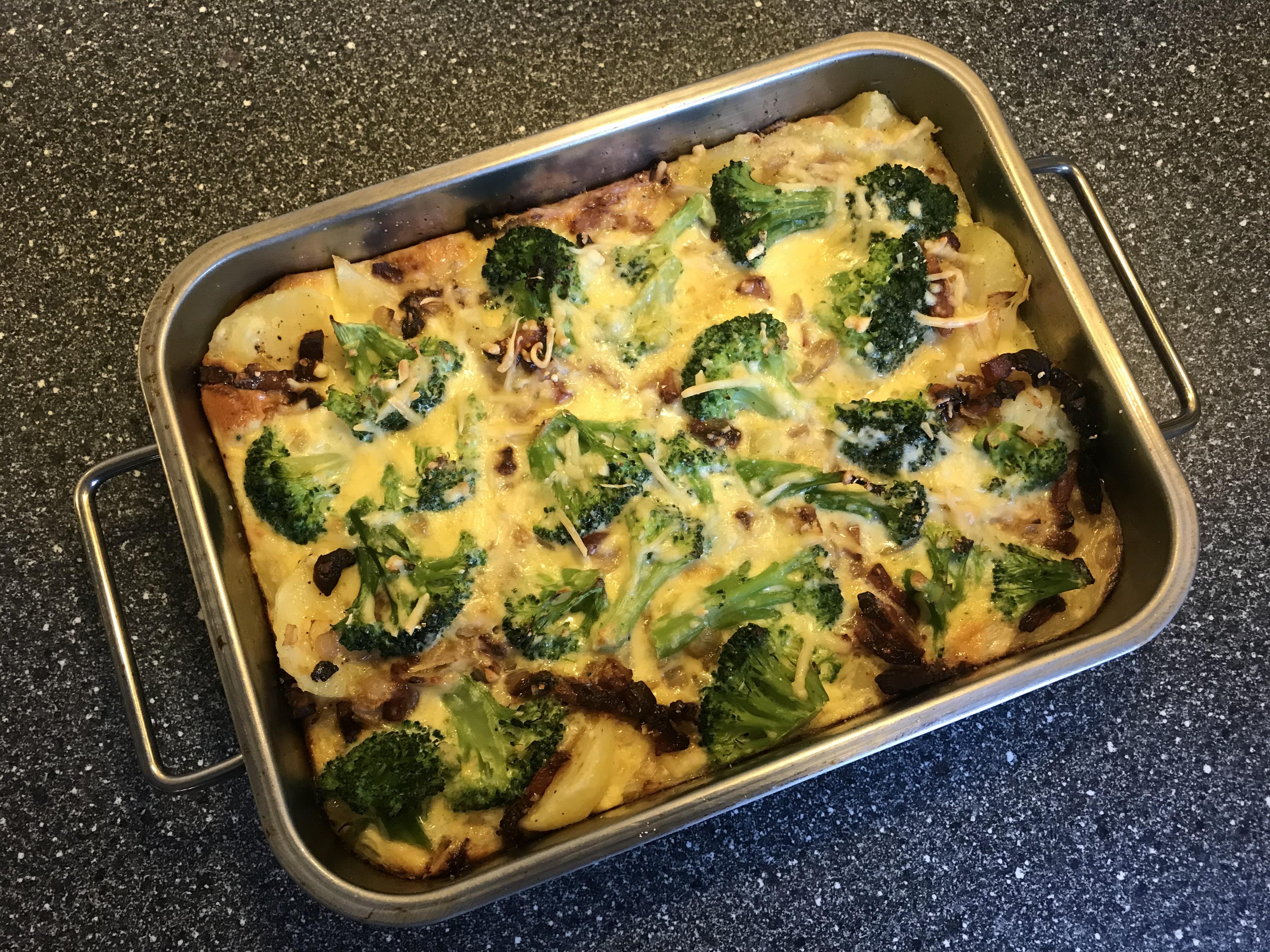 aardappel-broccoli schotel