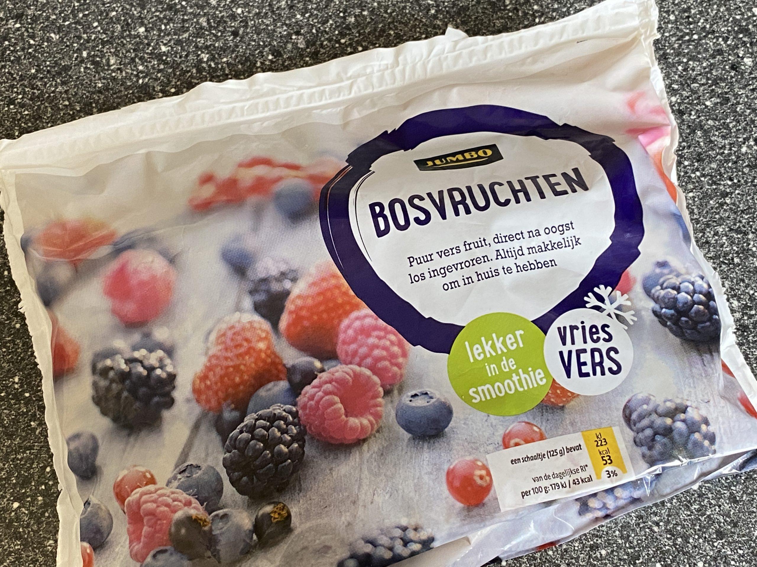 yoghurt bosvruchten ijs