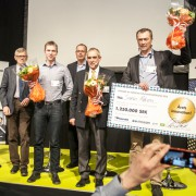 picture of a innovation award ceremony for simplex motion