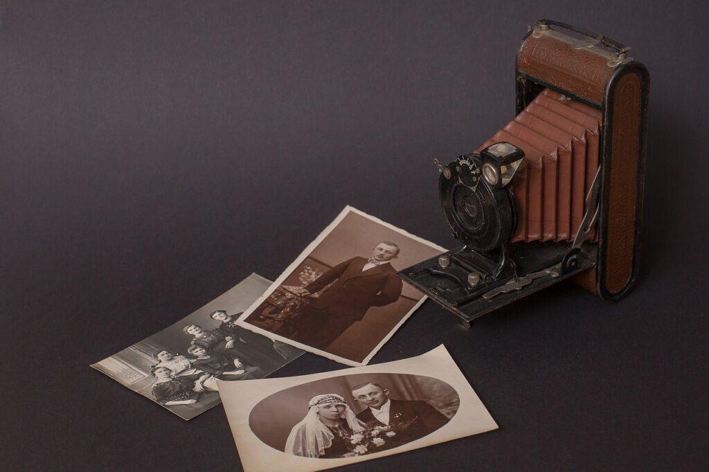 camera-old-nostalgia
