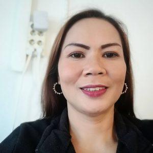 Jag heter Hana och erbjuder medicinsk thaimassage