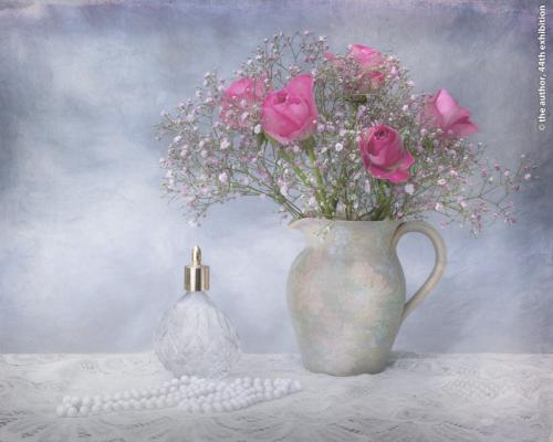 FIAP Silver medal-Vintage Pink-Joan Austin AFIAP BPE1 CPAGB QPSA-England