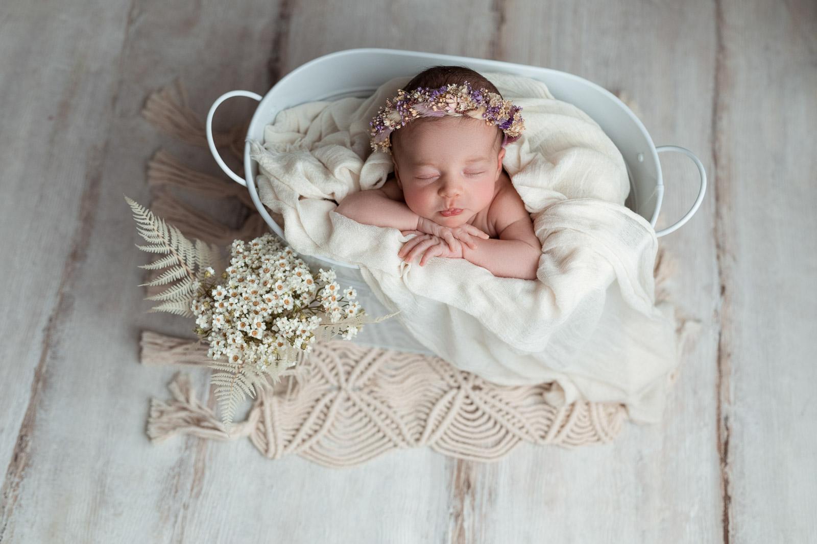 Neugeborenen Fotoshooting 14