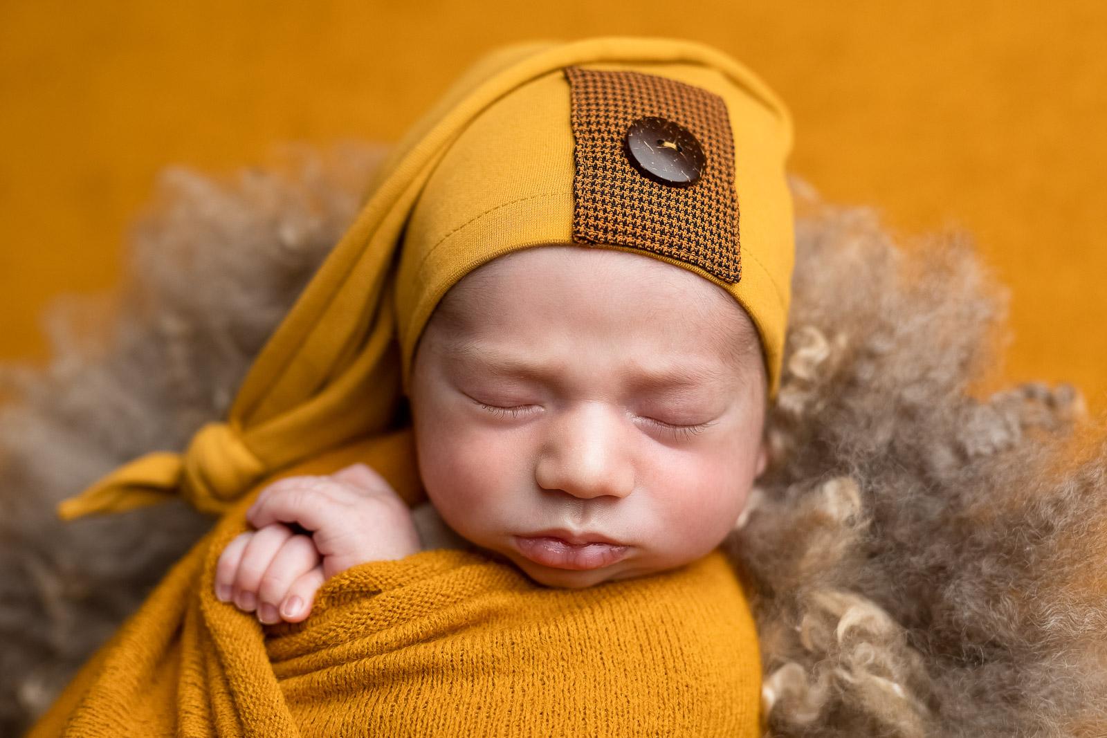 Neugeborenen fotograf 15