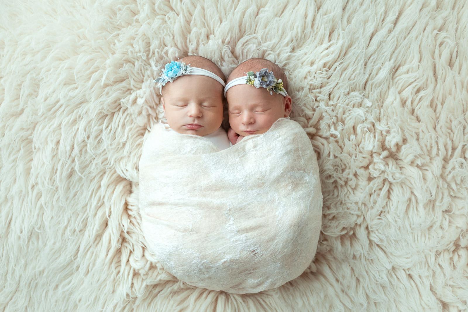 Zwillinge babyfotograf 6