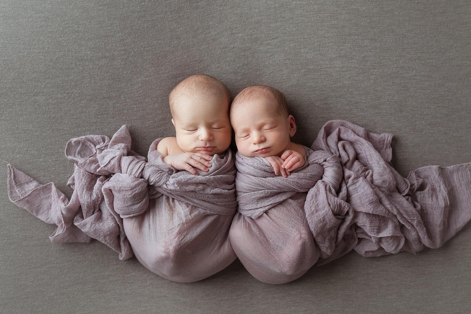 Zwillinge babyfotograf 8