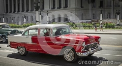 weinleseauto-kuba-111638431
