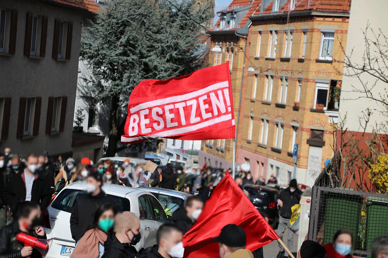 Housing-Action-Day-2021-Stuttgart-Mietenwahnsinn-Wohnungsnot-Kundgebung-Heslach-Solidaritaet-und-Klassenkampf-Gentrifizierung-Leerstand-Hausbesetzung-7