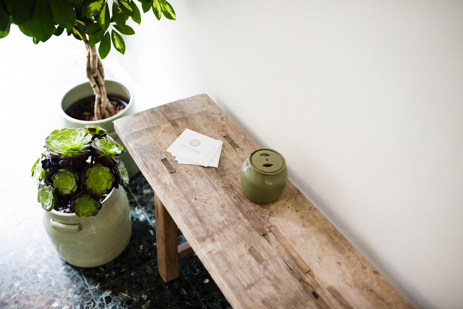 Inkom houten bank