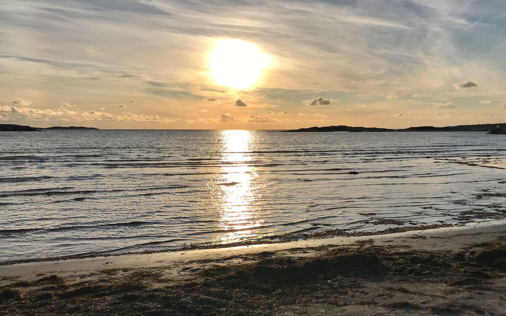 Havet vid Solvik i Åsa