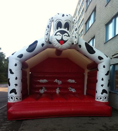 hoppborg-dalmatiner