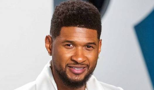 Usher Raymond IV, a singer, songwriter, actor, businessman and dancer born on 14 October 1978. He was born in Dallas , Texas, but grew up until he moved to Atlanta , Georgia, in Chattanooga , Tennessee. When he was 12, his mother placed him before attracting the attention of A&R music from LaFace Records in local singing competitions.